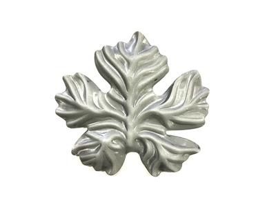 Лист Виноградный  SK22.35.1 Размеры: 125х115 (2 мм)
